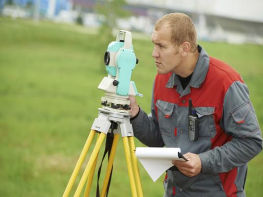 Vermessungsingenieur als beruf infos zur arbeit im ingenieurwesen